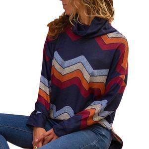 Women's Geometric Retro Sweater-NWOT-MEDIUM